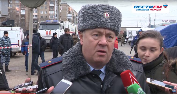 Министр внутренних дел по УР Александр Первухин сообщил о ситуации на месте обрушения дома в Ижевске