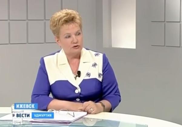 Глава комиссии Госсовета Удмуртии по науке, образованию, культуре и молодежной политике Наталья Сударикова